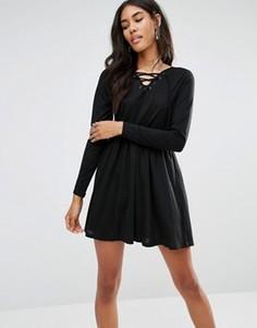 Короткое приталенное платье со шнуровкой Brave Soul - Черный