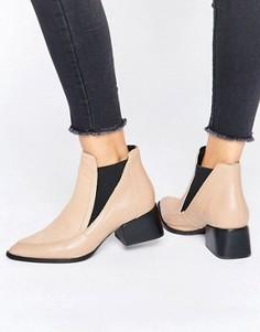 Ботинки на каблуке с отделкой под мех пони Sol Sana Rico - Бежевый