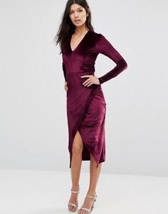 Вельветовое асимметричное платье миди с глубоким v-образным вырезом Club L - Красный