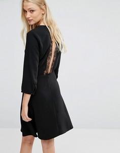 Платье с кружевной спинкой Newlily - Черный