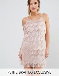 Ярусное платье мини на бретельках с отделкой бахромой True Decadence Petite - Розовый