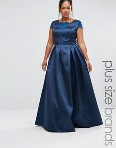 Платье макси с кружевом Chi Chi London Plus - Темно-синий