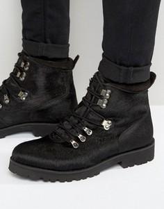 Черные походные ботинки с отделкой под ворс пони ASOS - Черный
