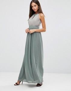 Шифоновое платье макси с вырезом капелькой и складками Club L - Серый