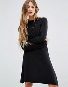Короткое приталенное платье с высоким воротом Brave Soul - Черный