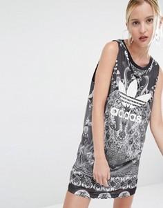 Платье-майка с принтом пейсли и логотипом-трилистником adidas Originals X Farm - Черный