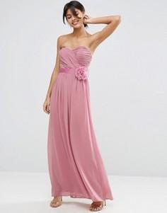 Шифоновое платье‑бандо макси со съемным цветочным украшением ASOS WEDDING - Розовый