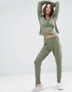 Пижамный лонгслив и леггинсы с кружевной отделкой ASOS - Зеленый