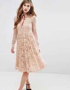 Кружевное платье-рубашка миди со складками ASOS - Розовый