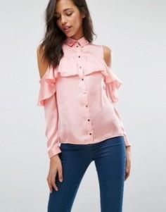 Рубашка с вырезами на плечах и рюшами Miss Selfridge - Розовый