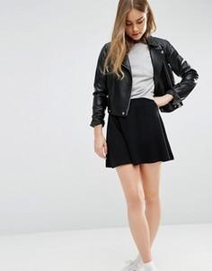 Короткая расклешенная юбка с эластичной талией ASOS - Черный