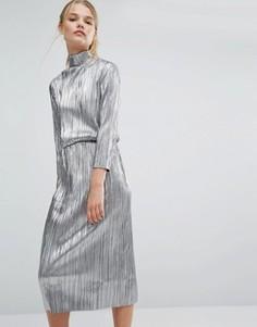 Плиссированное платье миди цвета металлик First & I - Серебряный