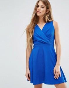 Короткое приталенное платье Wal G - Синий