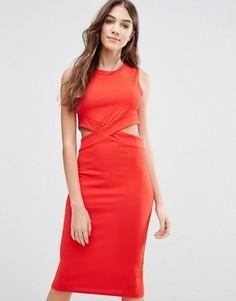 Платье-футляр с вырезами Wal G - Красный