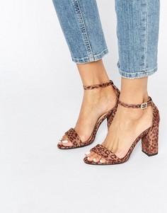 Босоножки на каблуке с леопардовым принтом New Look - Бежевый