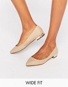 Туфли для широкой стопы с заостренным носом и отделкой камнями на каблуке New Look - Stone