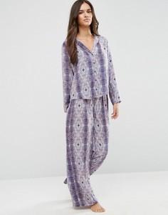 Атласный пижамный комплект с принтом ASOS - Мульти