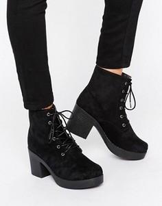 Ботинки на каблуке и шнуровке Truffle - Черный