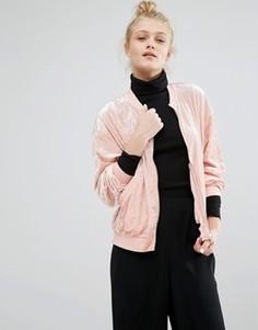 Бархатный бомбер Monki - Розовый