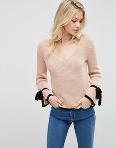 Джемпер с контрастными завязками ASOS - Розовый