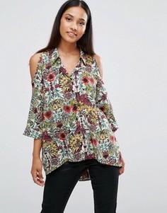 Рубашка с открытыми плечами и цветочным принтом AX Paris - Мульти