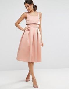 Платье для выпускного с кроп-топом и пуговицами ASOS - Розовый