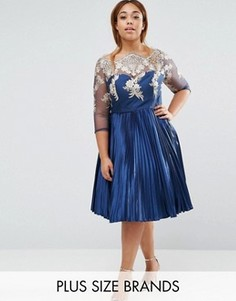 Плиссированное платье миди Chi Chi London Plus - Темно-синий