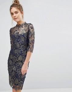 Кружевное платье-футляр с высокой горловиной и рукавами 3/4 Paper Dolls - Темно-синий