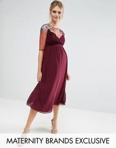 Приталенное платье для беременных с сеточкой и отделкой на плечах Little Mistress Maternity - Красный