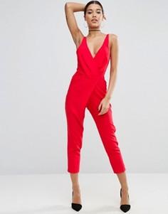 Комбинезон с запахом и широкими брюками со складками ASOS - Красный