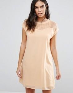 Удлиненное платье с кружевной кокеткой Vero Moda - Кремовый