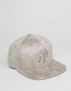 Замшевая бейсболка New Era 9Fifty NY Yankees - Серый