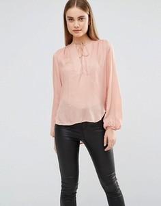 Блузка со вставкой и завязкой спереди AX Paris - Розовый