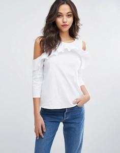 Блузка с открытыми плечами и оборкой Vero Moda - Белый