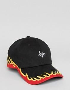 Бейсболка с вышитым огнем Hype - Черный