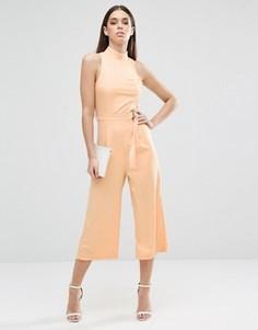 Комбинезон с юбкой-шортами и высоким воротом AX Paris - Розовый