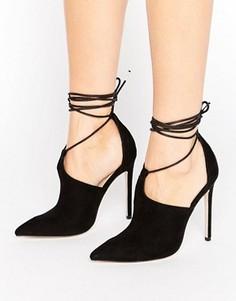 Туфли на каблуке с заостренным носком и завязкой ASOS PANDEMONIUM - Черный
