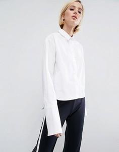 Укороченная хлопковая рубашка с широкими манжетами ASOS - Белый