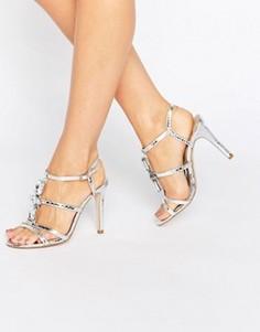 Серебристые сандалии на каблуке с ремешками True Decadence - Серебряный