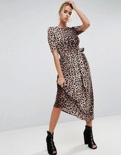 Платье миди с леопардовым принтом и поясом ASOS - Мульти