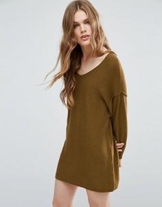 Вязаное платье-джемпер с двухсторонним вырезом ASOS - Зеленый