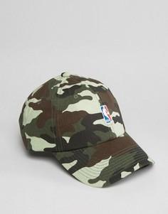 Регулируемая кепка с логотипом NBA Mitchell & Ness - Зеленый