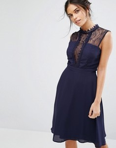 Платье миди без рукавов с контрастной кружевной отделкой Elise Ryan - Темно-синий