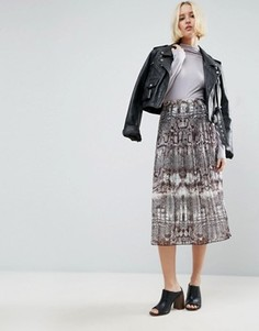 Плиссированная юбка миди со змеиным принтом ASOS - Мульти