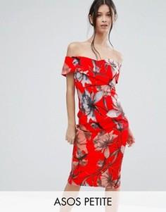 Платье-футляр миди со спущенными плечами и ярко-красным цветочным принтом ASOS PETITE - Мульти