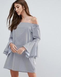Платье с широким вырезом и оборками на рукавах Influence - Синий