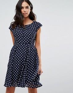 Короткое приталенное платье в горошек QED London - Темно-синий