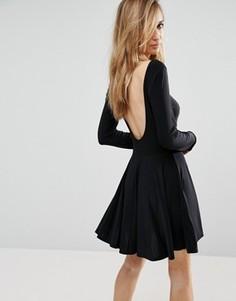 Короткое приталенное платье с вырезом на спине Club L - Черный