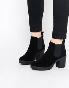 Ботинки челси на каблуке и платформе Truffle Collection Tori - Черный
