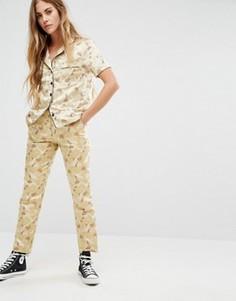 Облегающие брюки Reclaimed Vintage - Кремовый